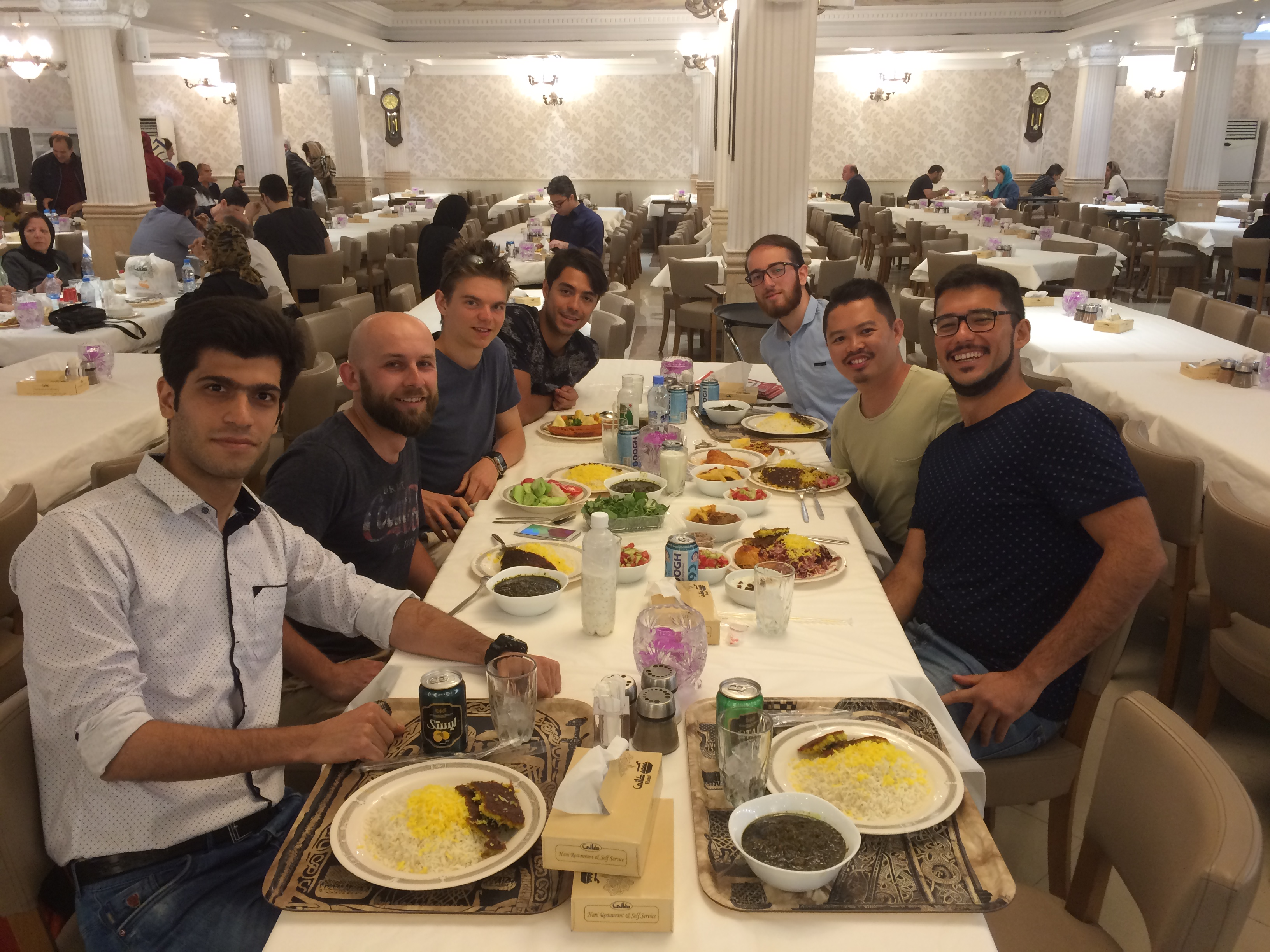 Iranian-Australian wanting to meet up in Tehran (No Hosting)